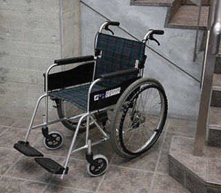 写真:車椅子