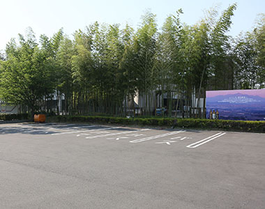 写真:大型バス駐車場2